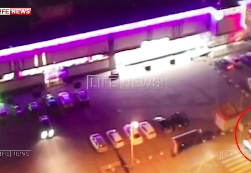 Камеры засняли побег на пожарной машине