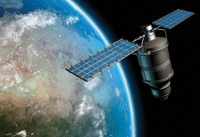 Азербайджанский спутник начал трансляцию эталона времени