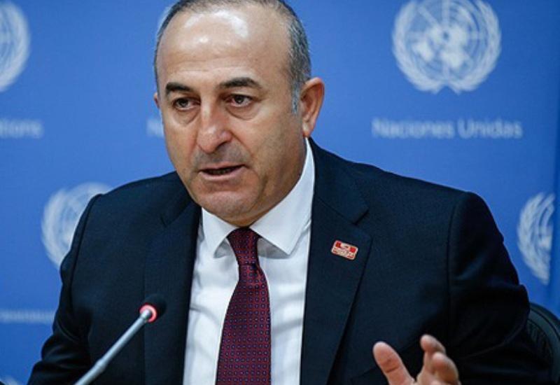 Чавушоглу поздравил Азербайджан с Днем национального возрождения
