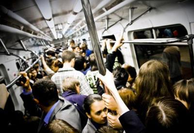 Bakı metrosunda yanğın xəbəri yayıldı