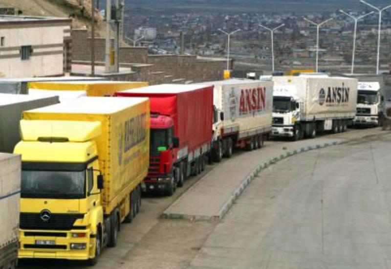 Азербайджан увеличил объем грузоперевозок
