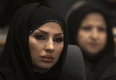 Иранские женщины знакомятся в соцсетях активнее мужчин