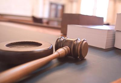"""В Баку начался суд над учредителем """"Чудо печки"""", арестовано имущество на 7,3 млн."""