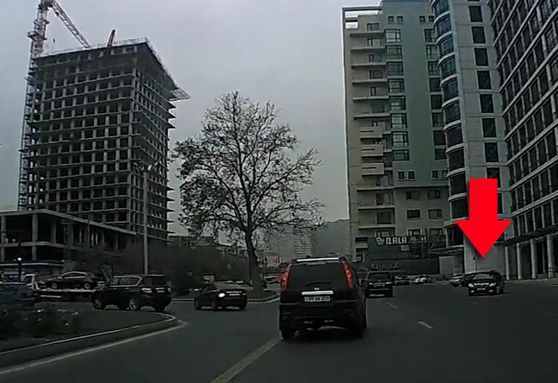 Водитель Toyota устроил беспредел под камерами в Баку