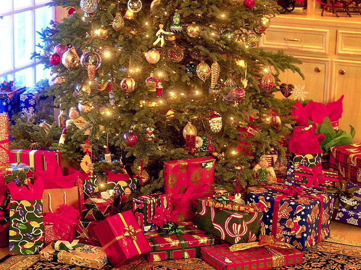 Картинка с подарками на новый год