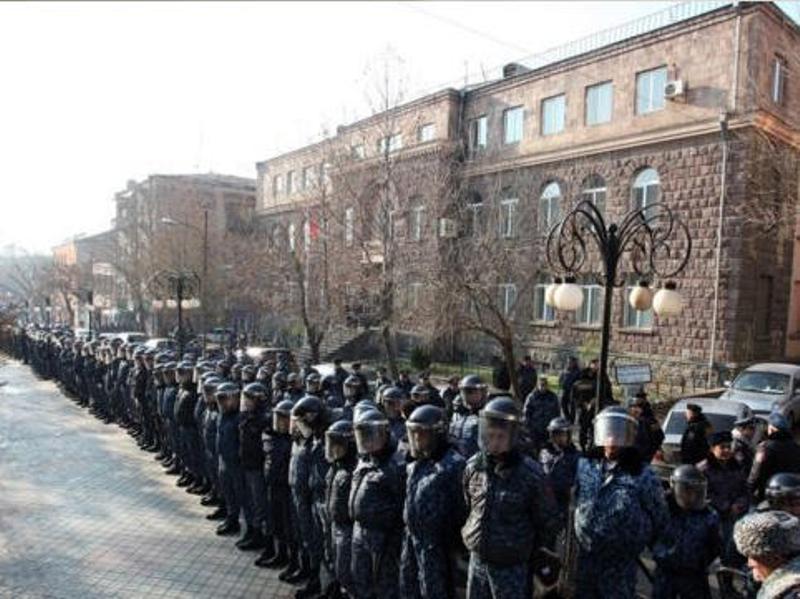 yerevan_2375767687.jpg