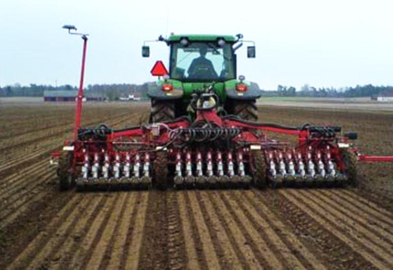 В Азербайджане началась льготная продажа сельхозтехники