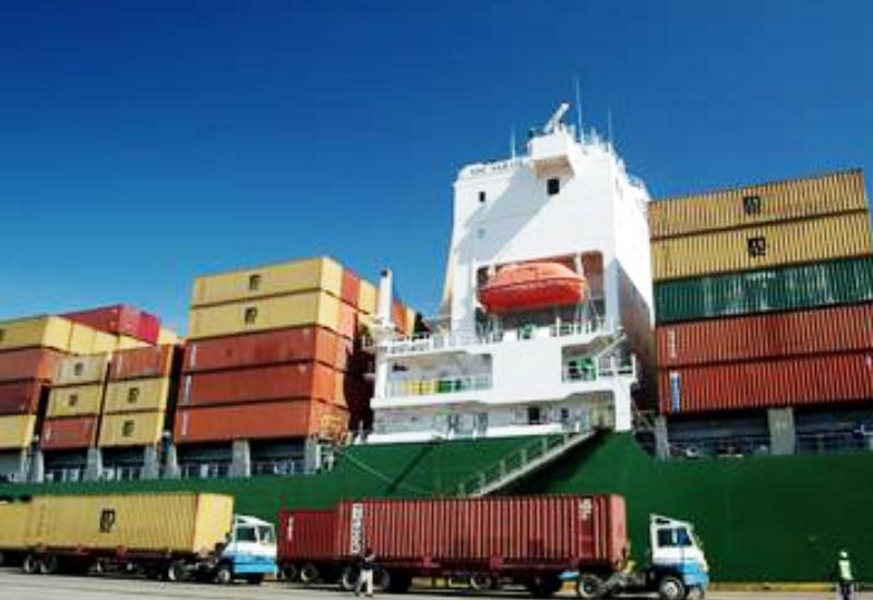 Увеличился объем грузоперевозок через Бакинский порт