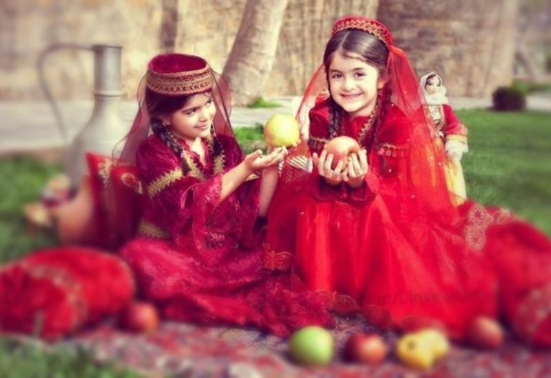 Азербайджанский национальный костюм – что нужно о нем знать
