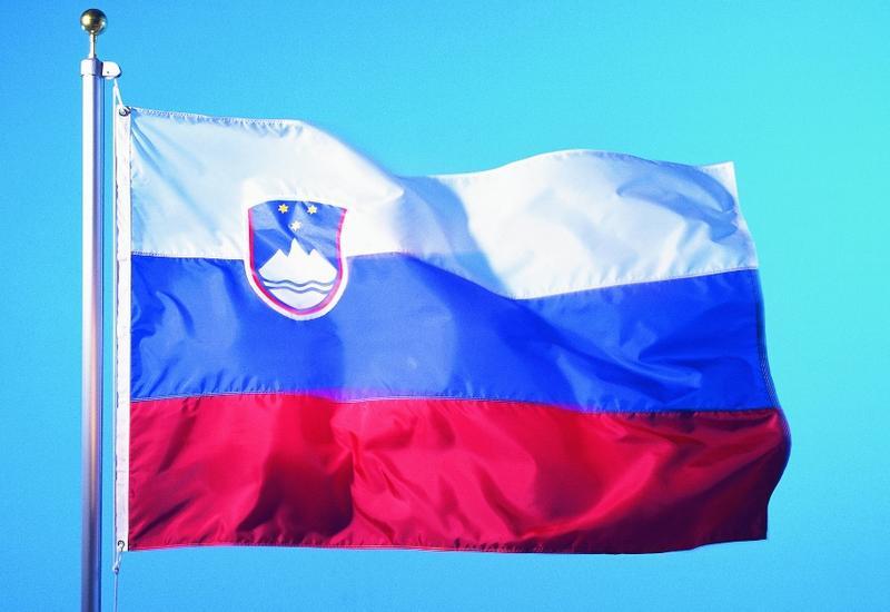 В Словении отменят комендантский час и ослабят карантин