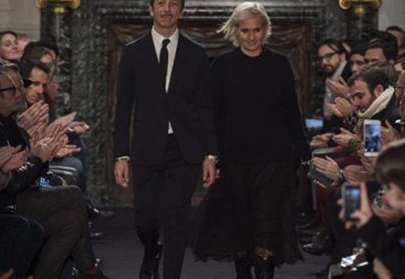 Valentino Fall-Winter 2016/ Paris Fashion Week