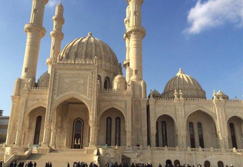 Мы с нетерпением ждем открытия мечетей, но сейчас они должны быть закрыты ради общего блага
