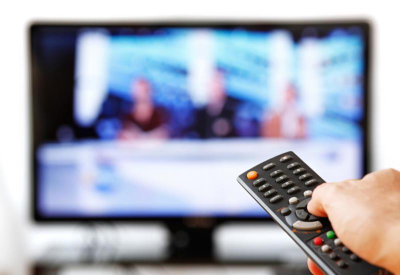 """""""Xəzər TV""""də daha bir veriliş dayandırıldı"""