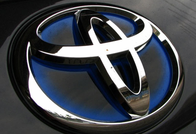 Toyota начнет производить защитные маски