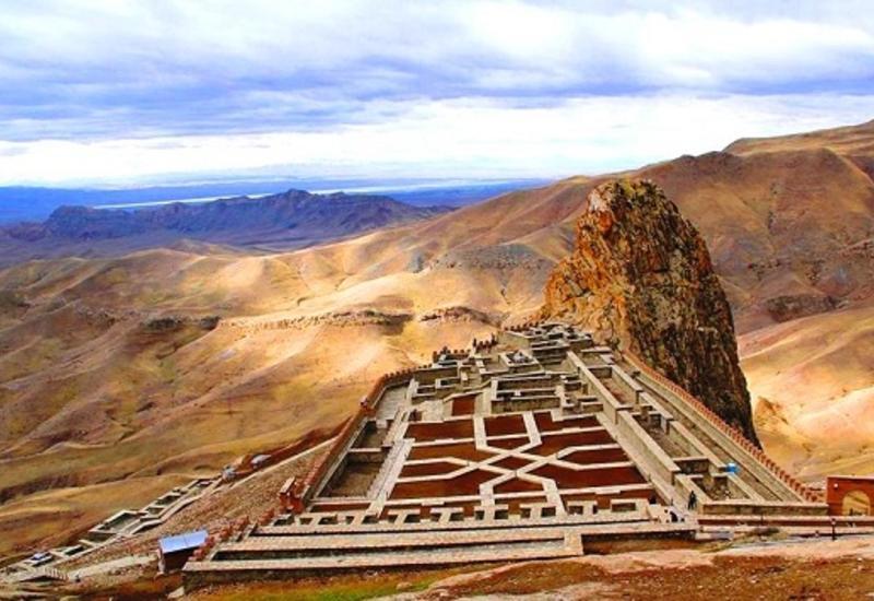 В горах Азербайджана появится город в небесах