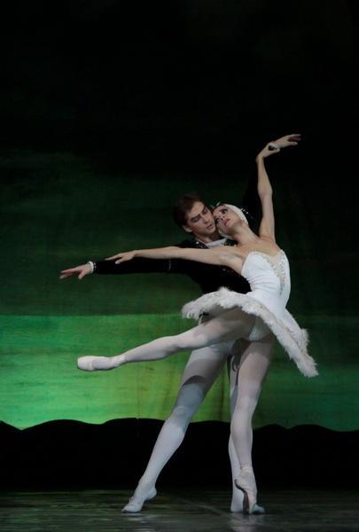 Великолепный подарок женщинам от Театра оперы и балета