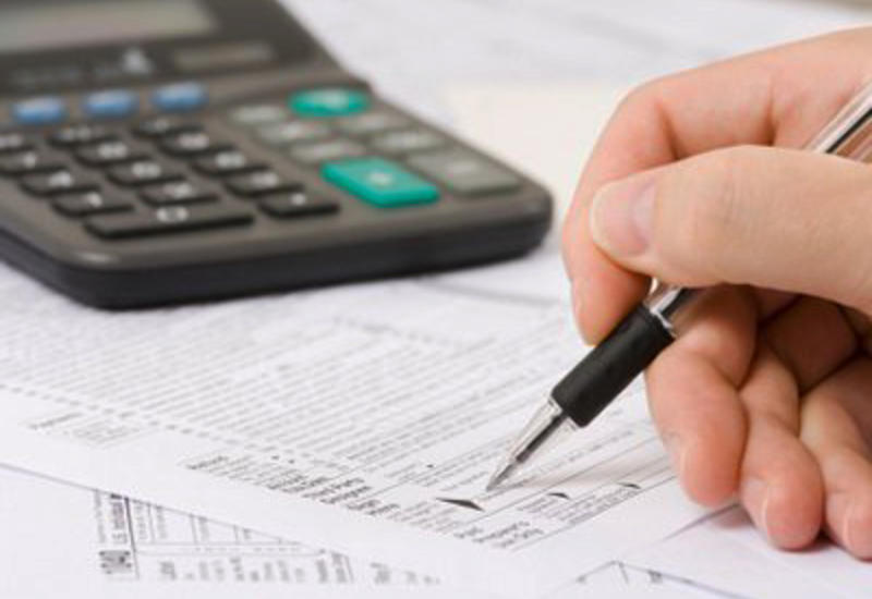 Азербайджан может списать долги по обязательному государственному соцстрахованию