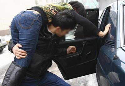 В Барде похитили учительницу