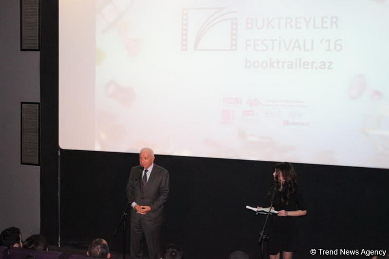 В Баку наградили победителей первого Фестиваля буктрейлеров