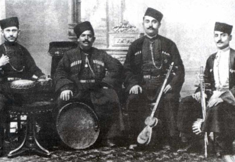 Азербайджанский мугам поперек армянского горла