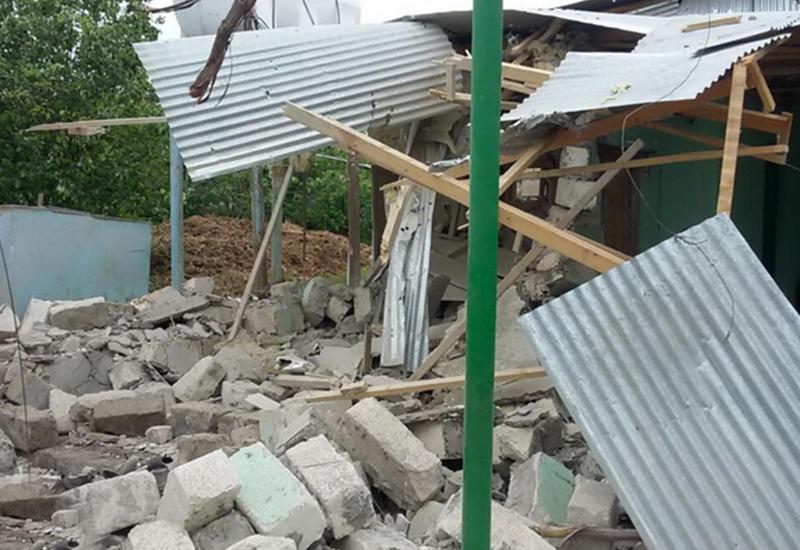 Армянское варварство: от обстрела пострадали более 100 домов в Тертере и Агдаме