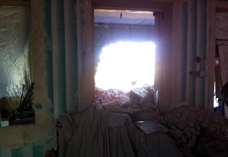 В Агдаме при армянском обстреле серьезно повреждены более 80 домов