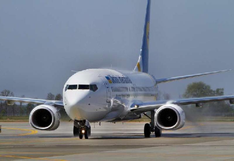 МАУ возобновляет рейсы из Киева в Баку