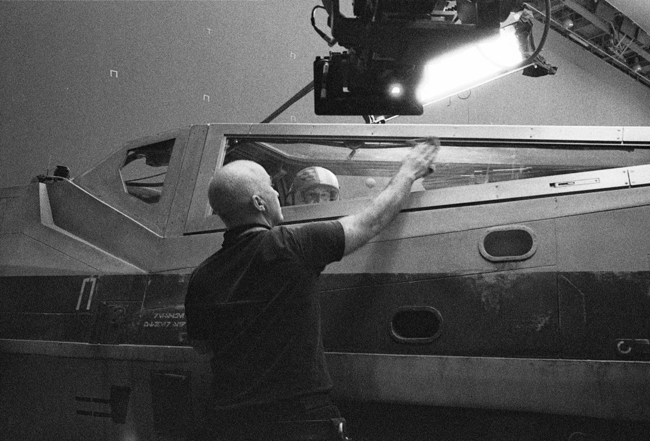 Режиссёр «Звёздных войн 8» поделился фото со съёмок