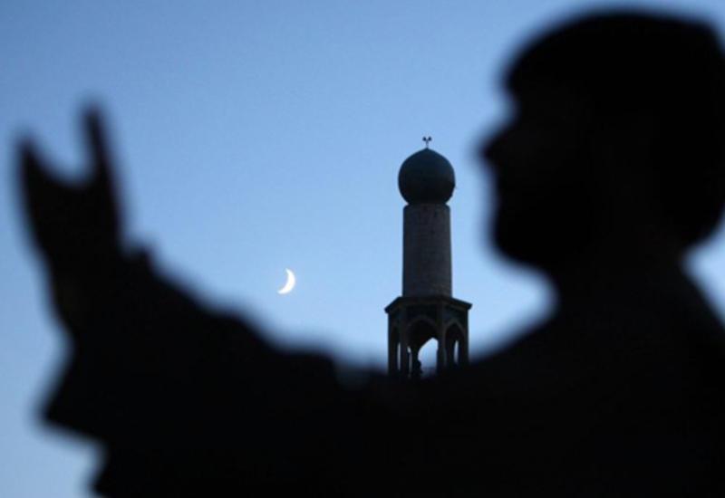 Молитва 3-го дня Рамазана, время имсака и ифтара