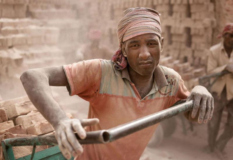 крупные, рабы современного мира фото дни поминовения