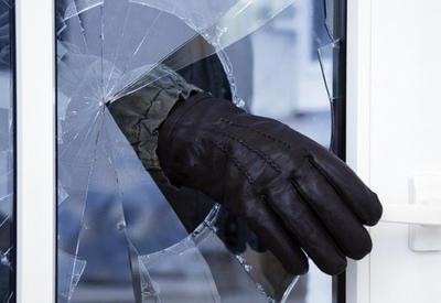 В Мингячевире ограбили салон убитого парикмахера