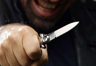 """Фанат """"Ливерпуля"""" получил ножевое ранение перед матчем с """"Ромой"""" <span class=""""color_red"""">- ВИДЕО</span>"""