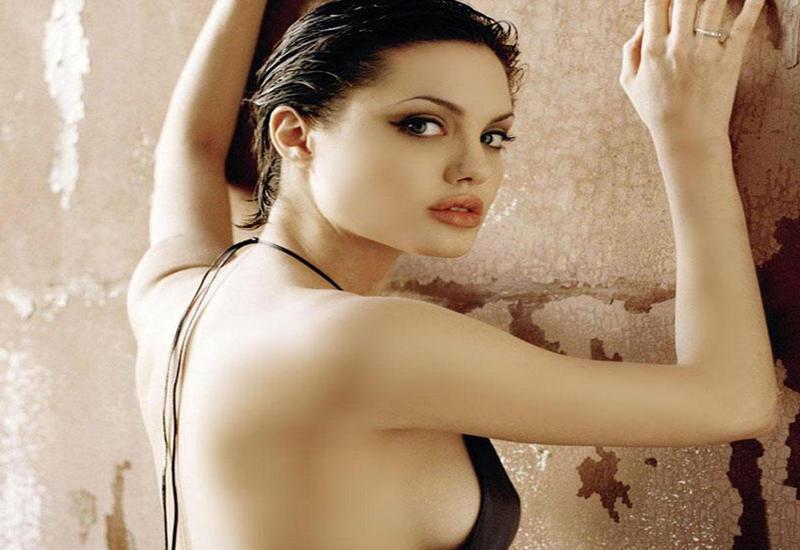 "Анджелина Джоли уходит из кино <span class=""color_red"">- ВИДЕО</span>"