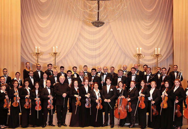 Оркестр азербайджанского театра будет играть для немцев