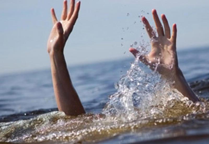 Трагедия на бакинском пляже, есть погибший