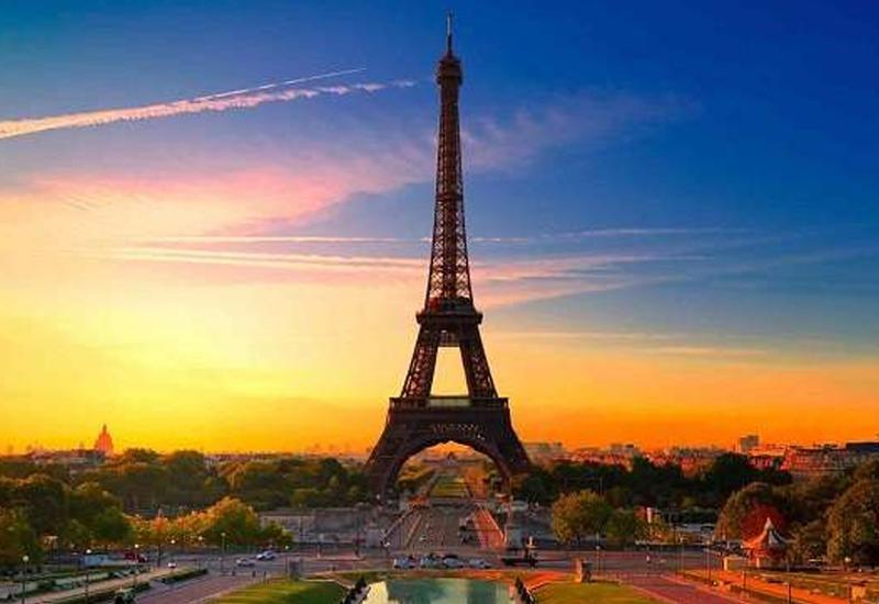 Эйфелева башня снова откроется для посетителей