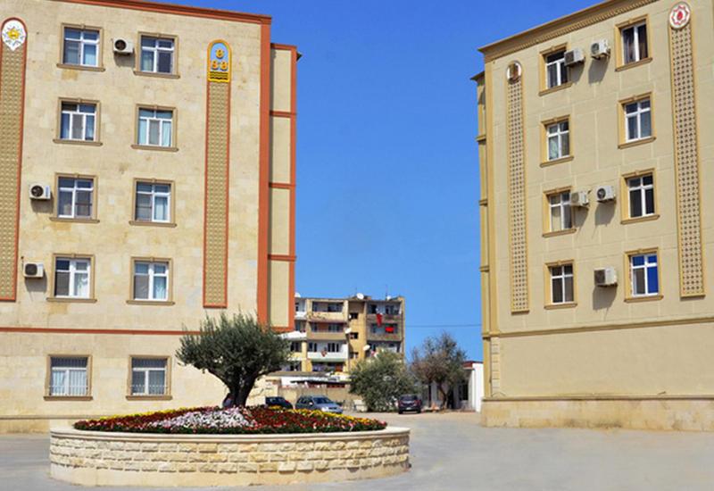 Новый район Баку преображается