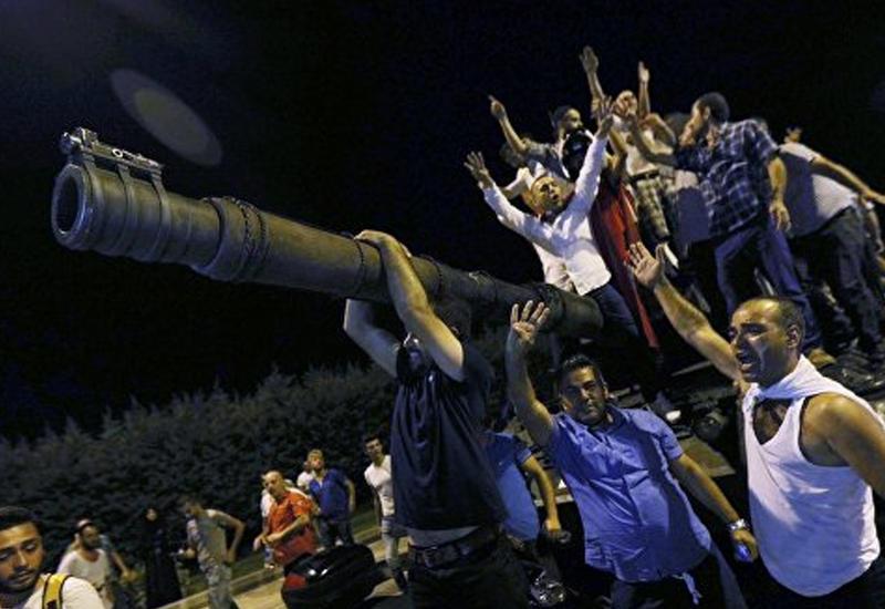 Турция огласила ущерб, нанесенный экономике в результате попытки переворота