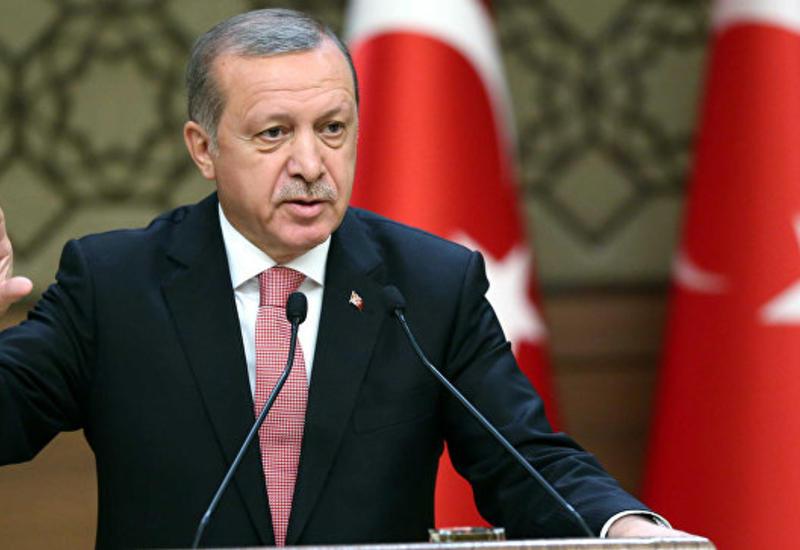 Эрдоган обвинил Клинтон в связях с Гюленом