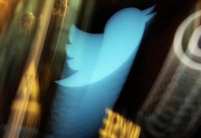 Twitter извинился за ошибки при передаче президентского аккаунта Трампу