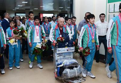 Азербайджанских олимпийцев в Баку встретят как героев