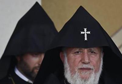 Католикос Гарегин снова стал объектом насмешек