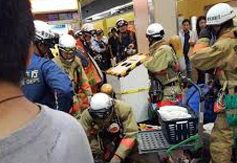 Появилось видео с места газовой атаки в токийском метро