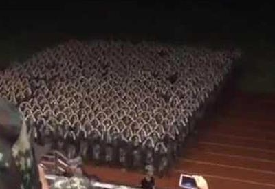 """Хореографические способности армии Китая поражают <span class=""""color_red"""">- ВИДЕО</span>"""