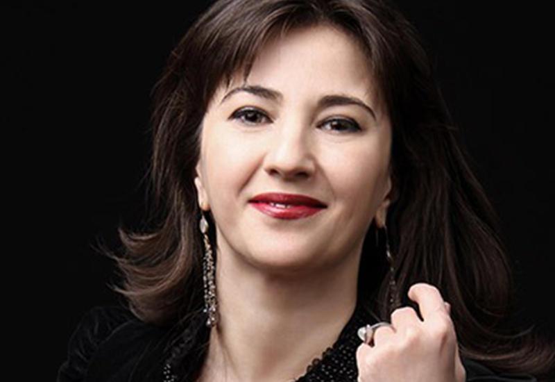 Аян Миркасимова: Бакинский зритель теплый, благодарный и подключенный к происходящему на сцене
