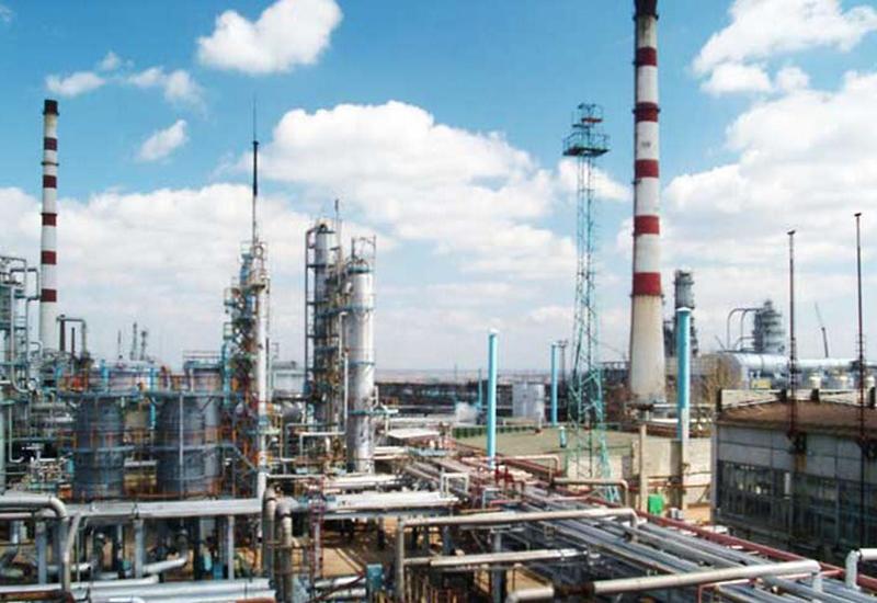 В Азербайджане открылись сотни промышленных предприятий