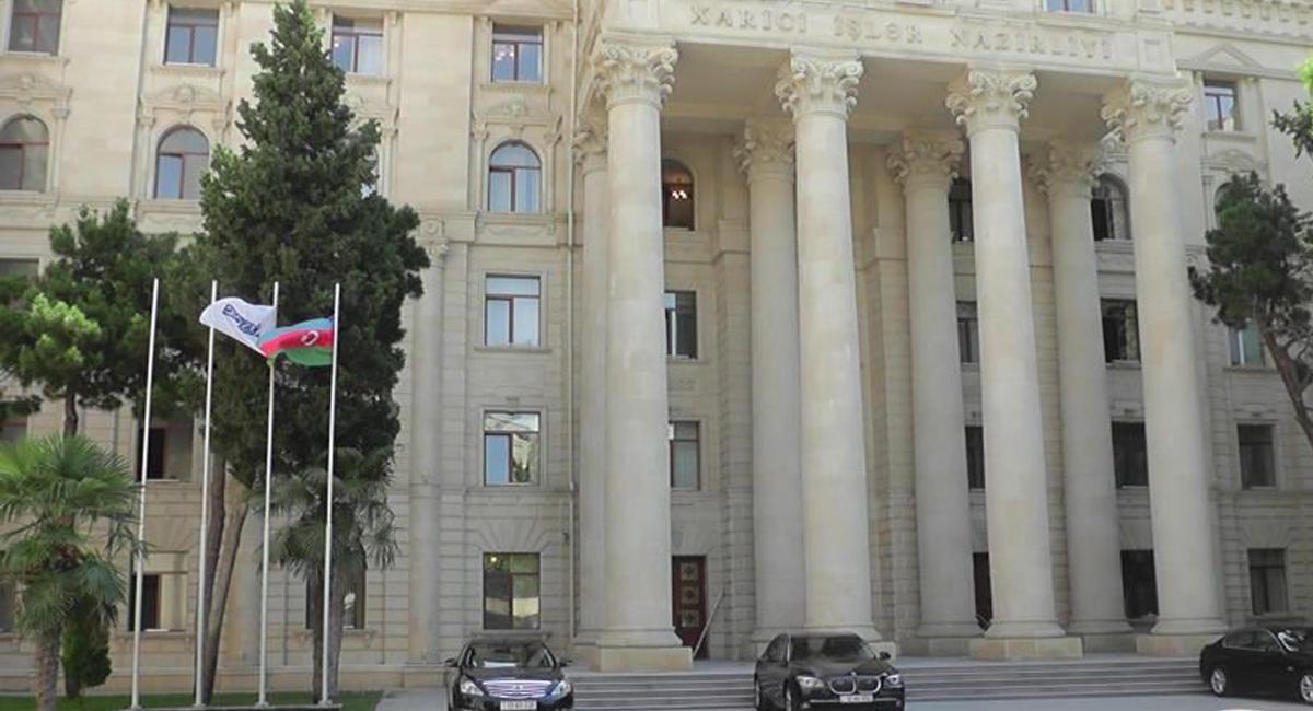 МИД Азербайджана подтвердил встречу Мамедъярова сНалбандяном