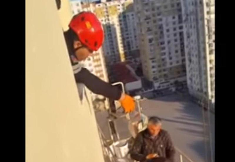 Героический поступок спасателей МЧС в Баку