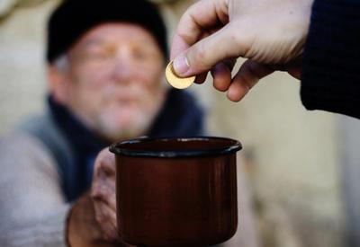 За год в Армении бедные стали еще беднее, богатые - богаче