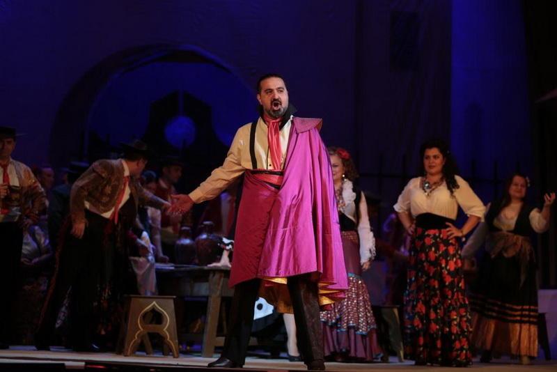 """Цвет страсти: роскошная """"Кармен"""" на сцене Театра оперы и балета"""
